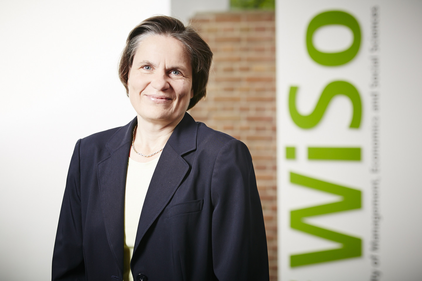 Picture of Prof. Dr. Claudia Loebbecke